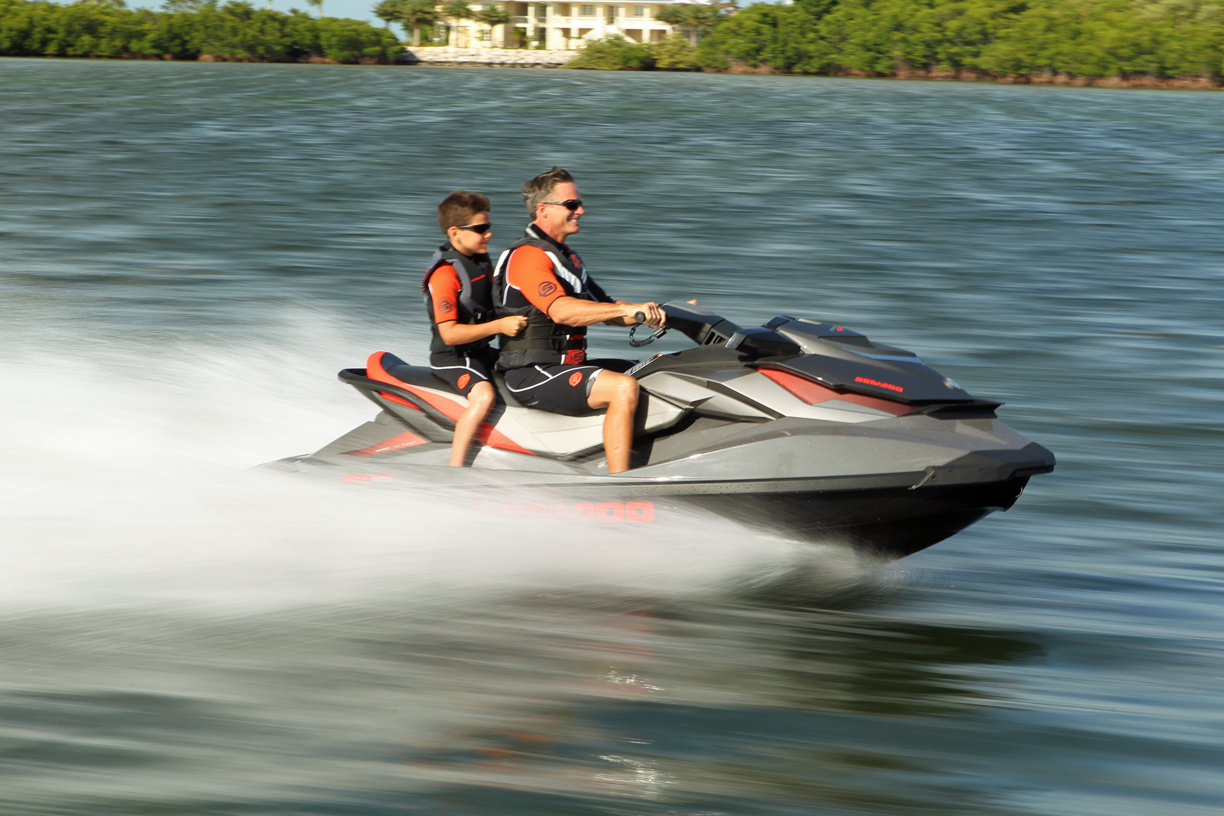 2013-sea-doo-gti-limited-155-action3